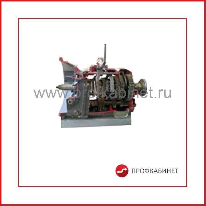 Трехвальная коробка передач грузового автомобиля (КАМАЗ)